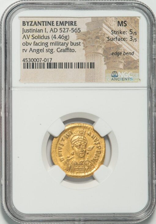 JUSTINIAN I GOLD SOLIDUS - ANGEL ISSUE FROM CONSTANTINOPLE OFFICINA E - MINT STATE NGC GRADED BYZANTINE COIN (Inv. 11983)