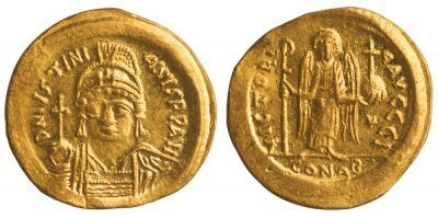 JUSTINIAN I GOLD SOLIDUS - ISSUE FROM CONSTANTINOPLE 10th OFFICINA - CHOICE AU BYZANTINE COIN (Inv. 12364)